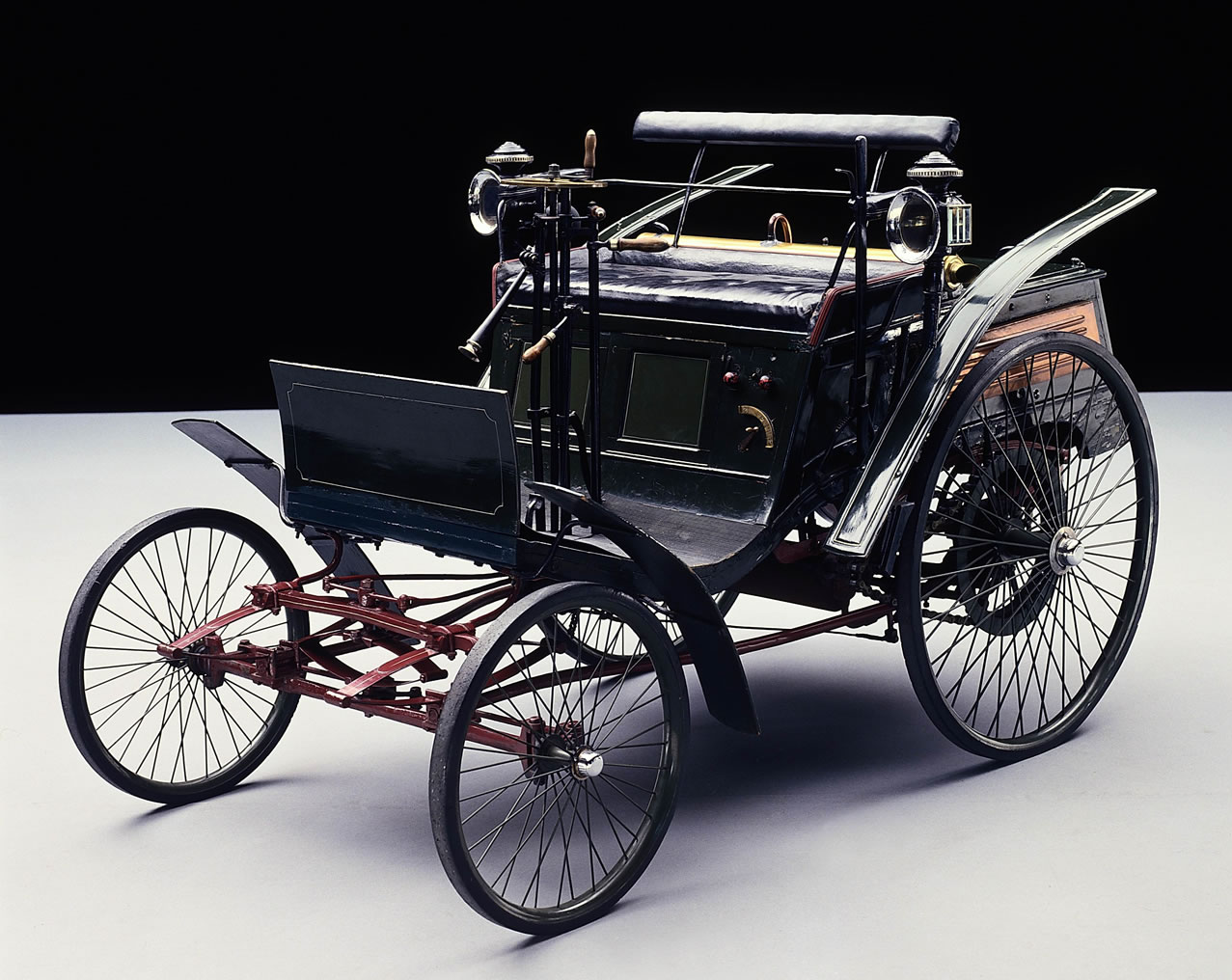 World S First Production Car The Benz Patent Motor Velocipede Of 1894