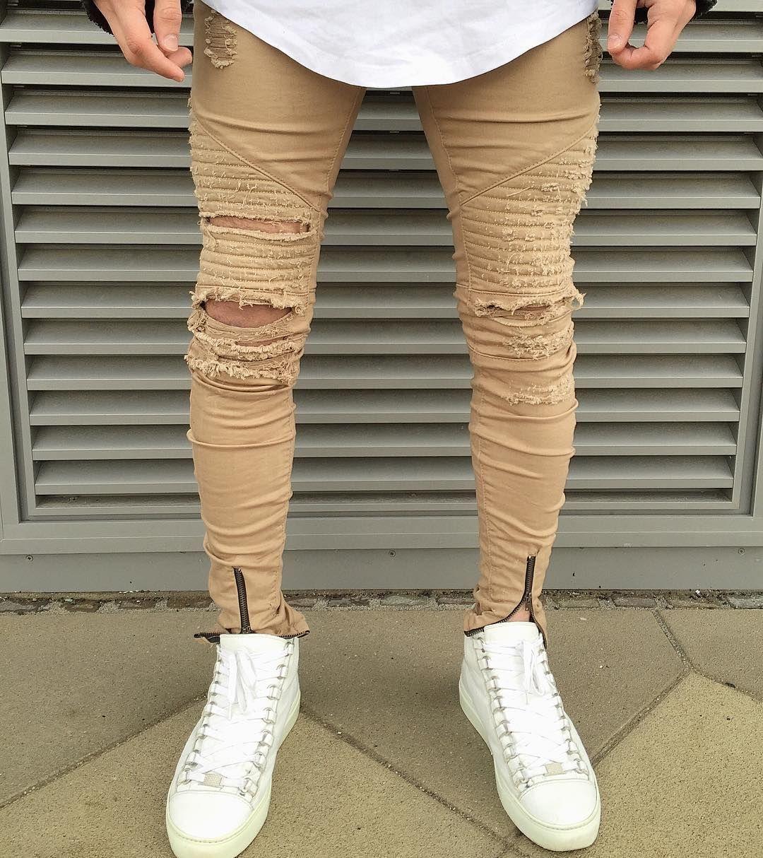 3baefde14fa1 Beige Distressed Biker Jeans with Zipper Available online… Pánska Móda