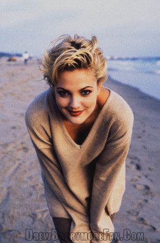 Drew Barrymore Photo On Beach Drew Barrymore Hair Styles 2014