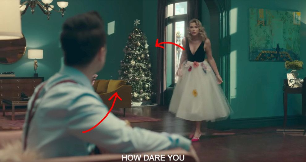 There S A Christmas Tree In The Background Of The Opening Scene Which May Be A Reference To The Fact That Taylor Grew Up On A Christmas Tree Farm Taylor Swift Taylor