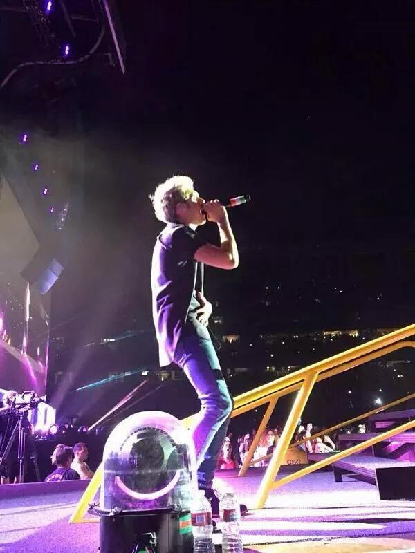 Niall on stage tonight in San Diego (7.9.15)