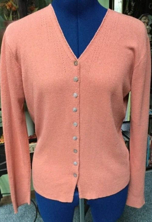 11.74$  Watch here - http://viixj.justgood.pw/vig/item.php?t=bi2tnt94830 - SIGRID OLSEN SIZE S Cameo Pink V-Neck Button Down Sweater