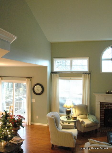 color reads lighter on ceiling - Ceiling And Walls Same Color