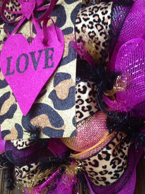 Hot pin Cheetah Valentines wreath by Sassy Cajun    https://www.facebook.com/Molly.Maung