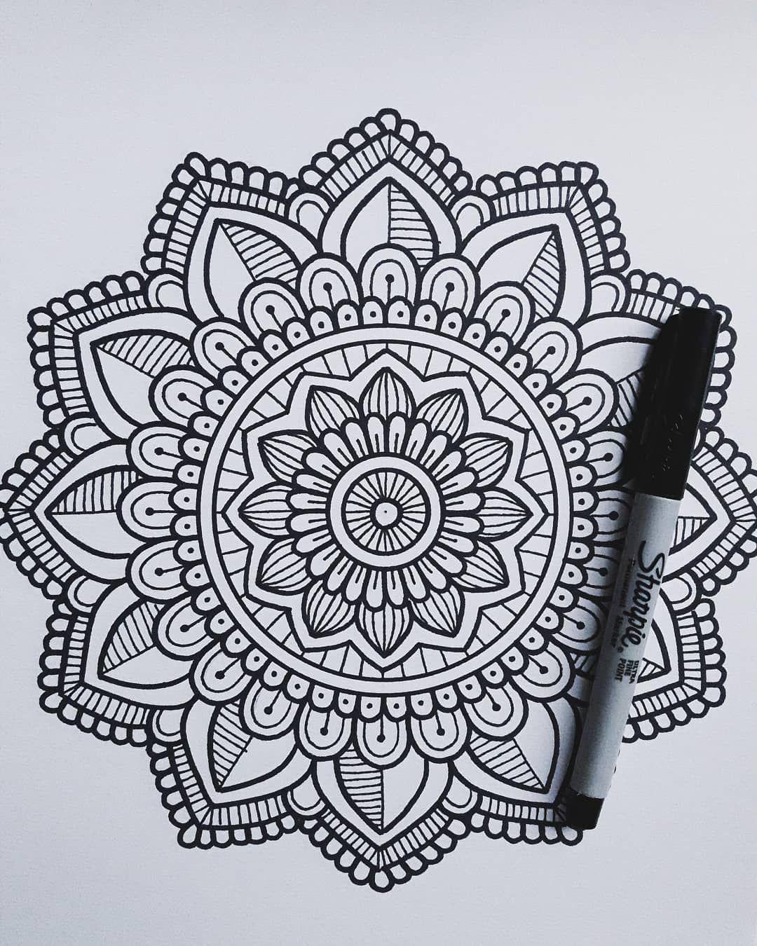 La Vida Son Instantes Vivelos Paulazart Mandala Mandalas Anamandalas Ccuellar Shein Mandala Design Art Easy Mandala Drawing Mandala Drawing