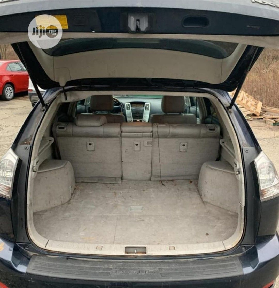 Lexus Rx 2007 350 4x4 Silver Very Clean Rx330 Full Option With Gps And Reverse Camera Buy And Enjoy Your Cruise Lexusrx20 In 2020 Buying Camera Lexus Full Option