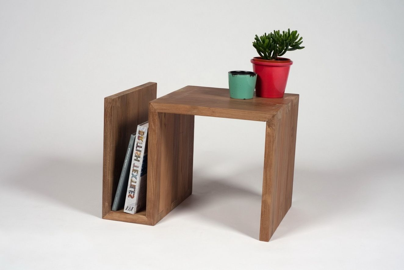 small side table for living room - living room decorating ideas for apartments Check more at http://www.freshtalknetwork.com/small-side-table-for-living-room-living-room-decorating-ideas-for-apartments/