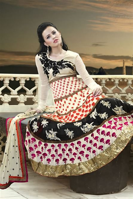 Dazzle with this Stunning Super Stylish Pure Georgette Anarkali Salwar Suit.