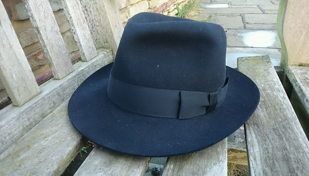 25f3cb0e83811 LOCK AND CO Fedora Felt Hat Trilby Medium to Large 58 NEW St James Street  London