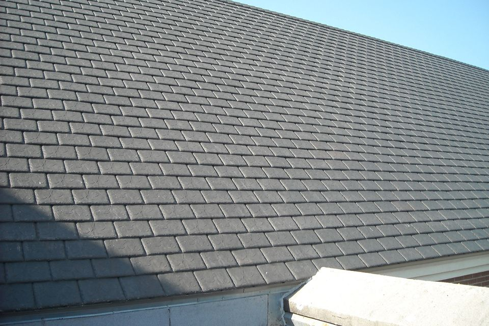 Slate Gray Shake Roof Shake Roof Slate Roof Shingles Slate Roof Cost