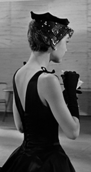 Audrey Hepburn Dress 1 Sabrina S Red Dress Audrey Hepburn Dress Mermaid Style Prom Dresses Audrey Hepburn Funny Face