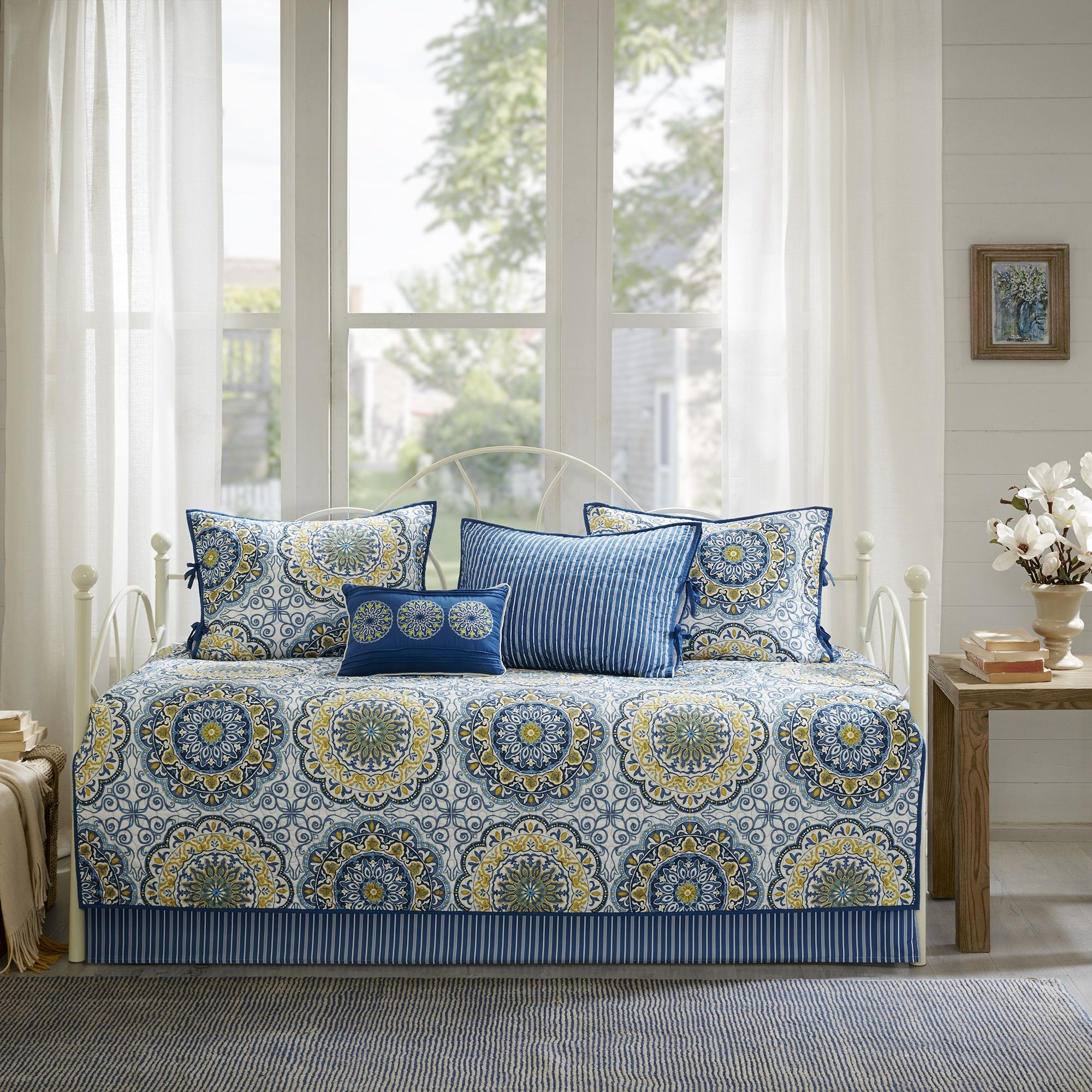 Beautiful Grey Blue Navy Medallion Motif 6 pcs Quilted Guest Daybed Coverlet Set