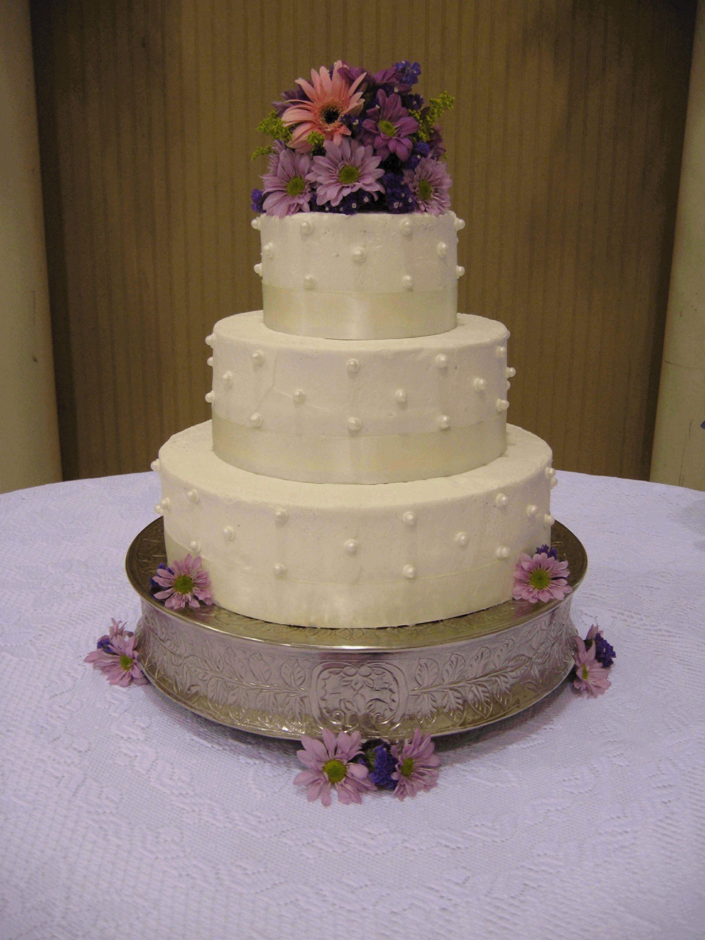 I really like this one wedding photos pinterest wedding cake