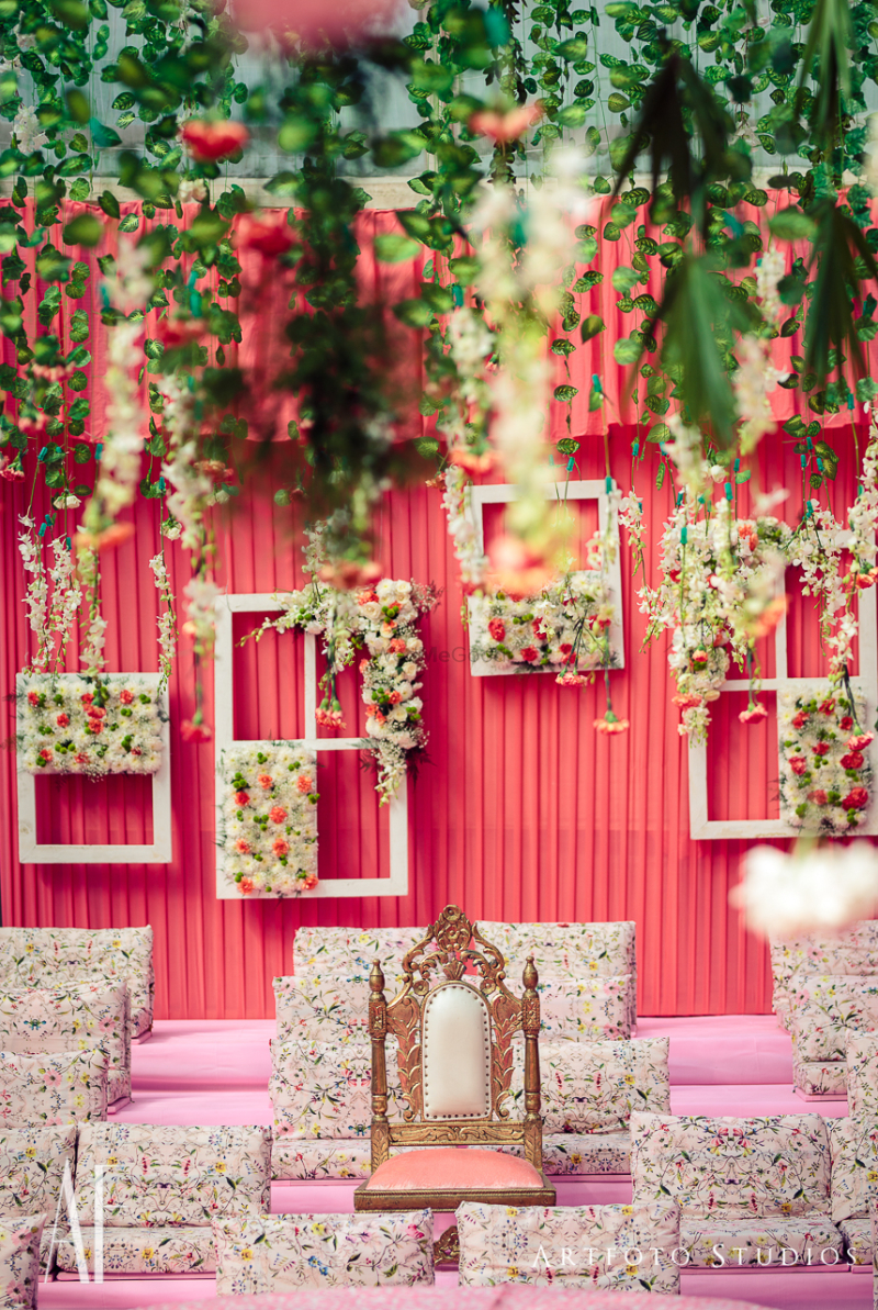 Indian Wedding Decoration Ideas Stage The Center Stage Becomes