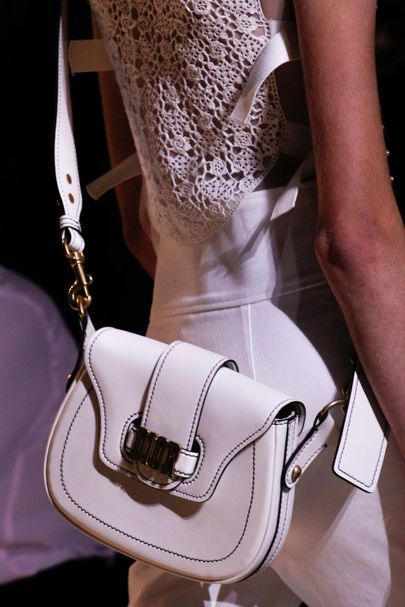 7e14ee47a753a Christian Dior Spring Summer 2017 Ready-To-Wear Details