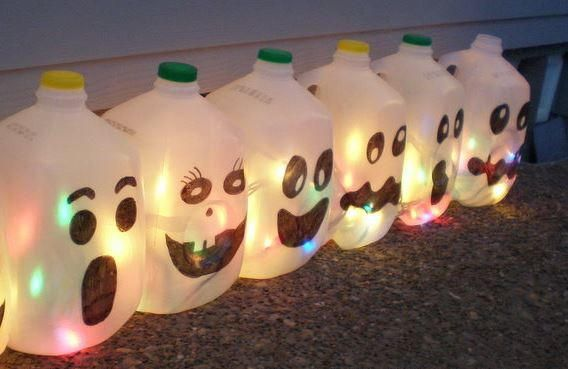There's nothing better than inexpensive homemade Halloween decorations that you can make with your kids. The adorable Milk Jug Ghosts cost next to nothing to make and they're a scream to put together! Halloween crafts for kids get everyone excited.
