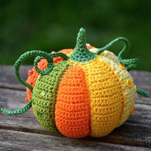 Patchwork Pumpkin Amigurumi Pattern #amigurumipattern