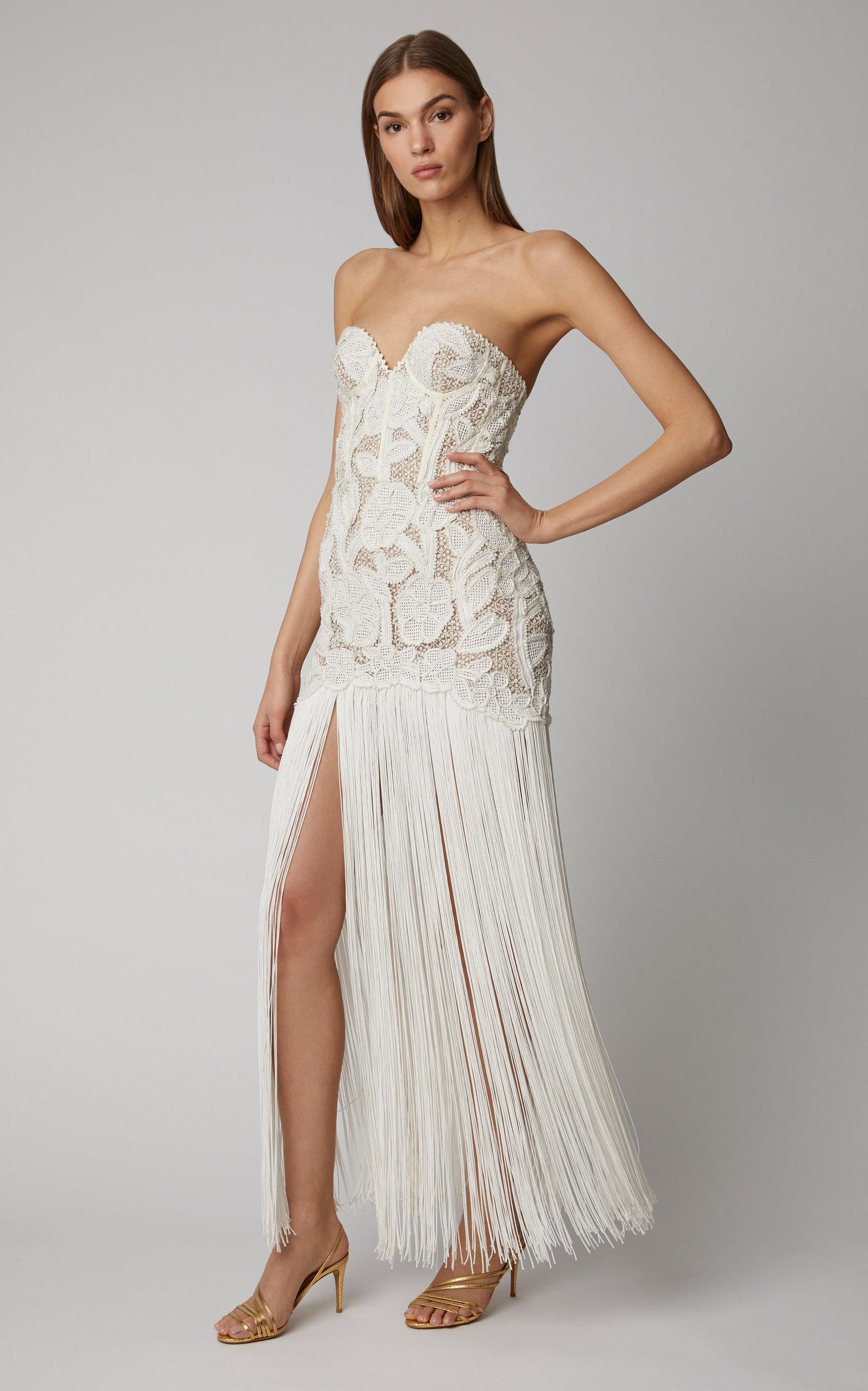 Fringed Strapless Guipure Lace Gown By Oscar De La Renta Now Available On Moda Operandi Designer White Dresses Lace Gown Fringe Flapper Dress [ 2560 x 1598 Pixel ]