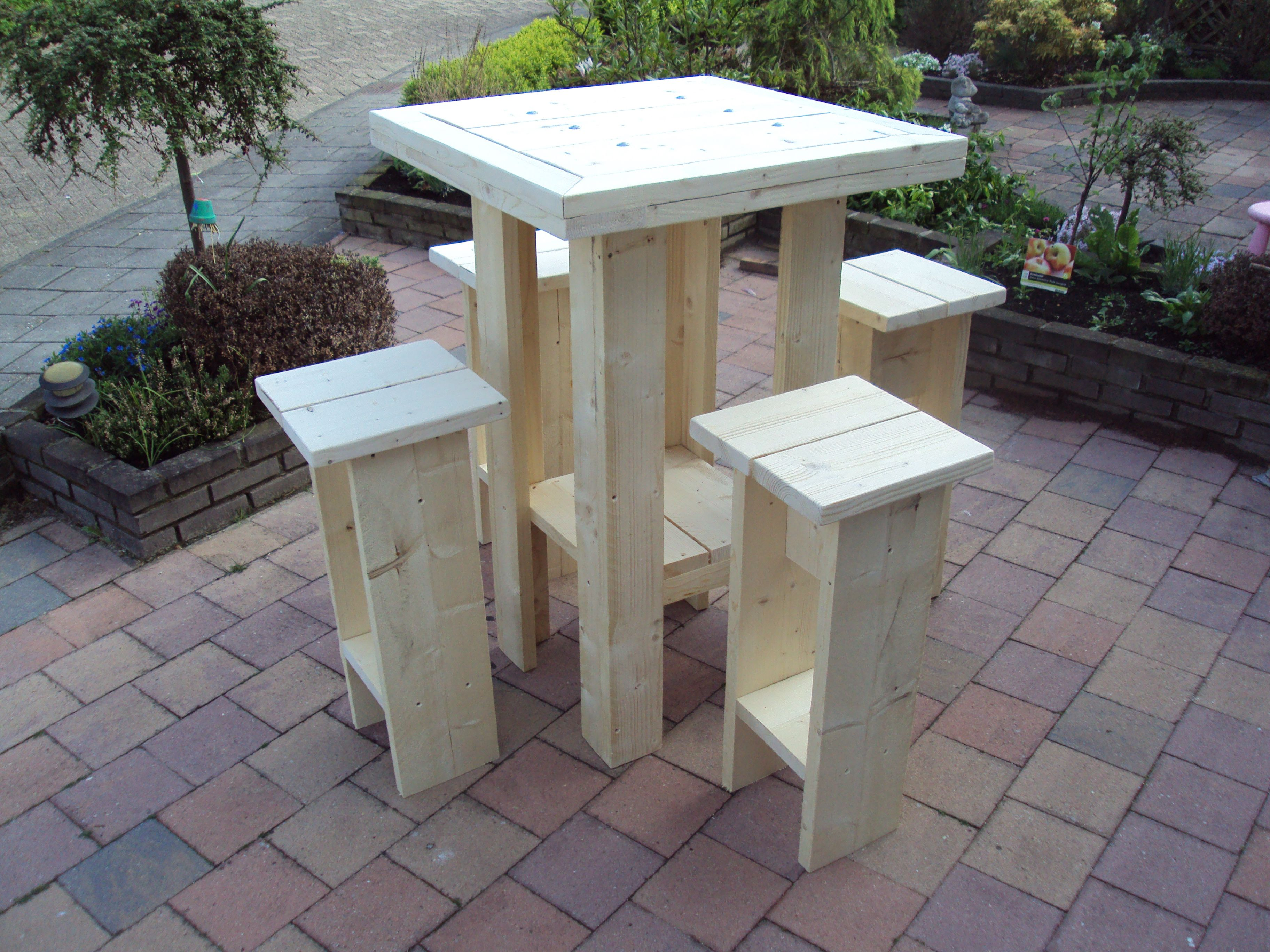 Steigerhout google zoeken table bar pinterest for Pallet tafel zelf maken
