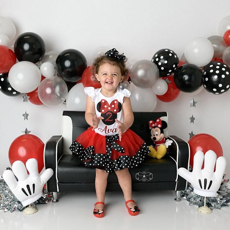 Red And Black Minnie Mouse 1st 2nd Birthday Tutu Outfit Set Etsy In 2021 Minnie Mouse Birthday Outfit Minnie Mouse Birthday Theme Minnie Mouse First Birthday