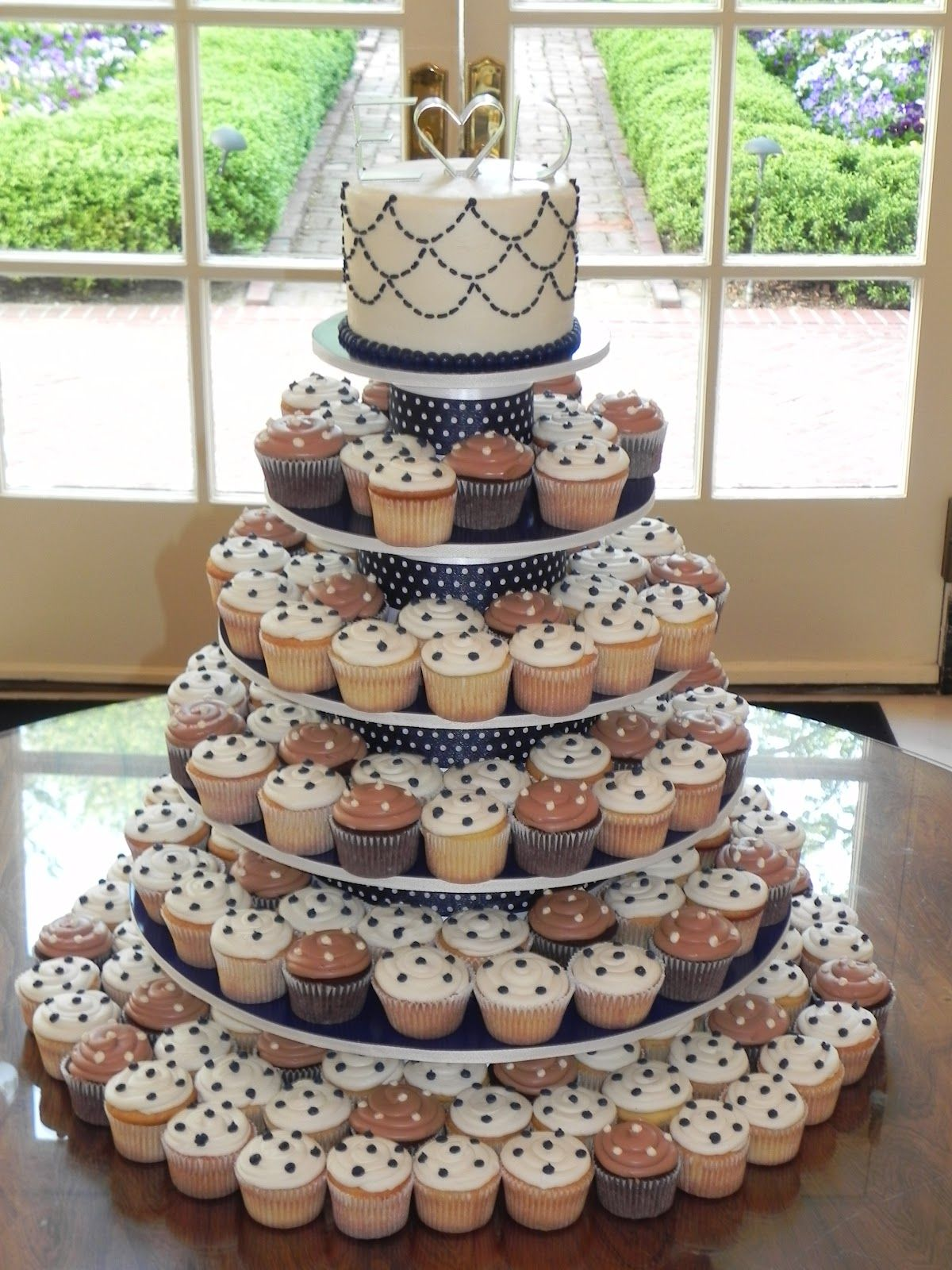 wedding cakes make of cupcakes cupcakes. Here was