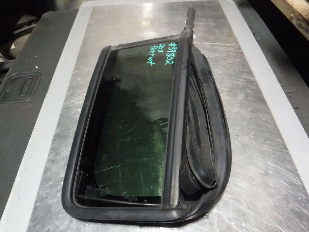 Ad Ebay 07 08 09 10 11 12 13 14 15 16 17 Jeep Patriot Left Driver Rear Vent Window Oem Jeep Patriot Jeep Truck