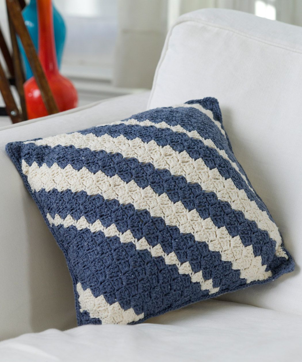 Diagonal Crochet Pillow: free quick n easy level pattern