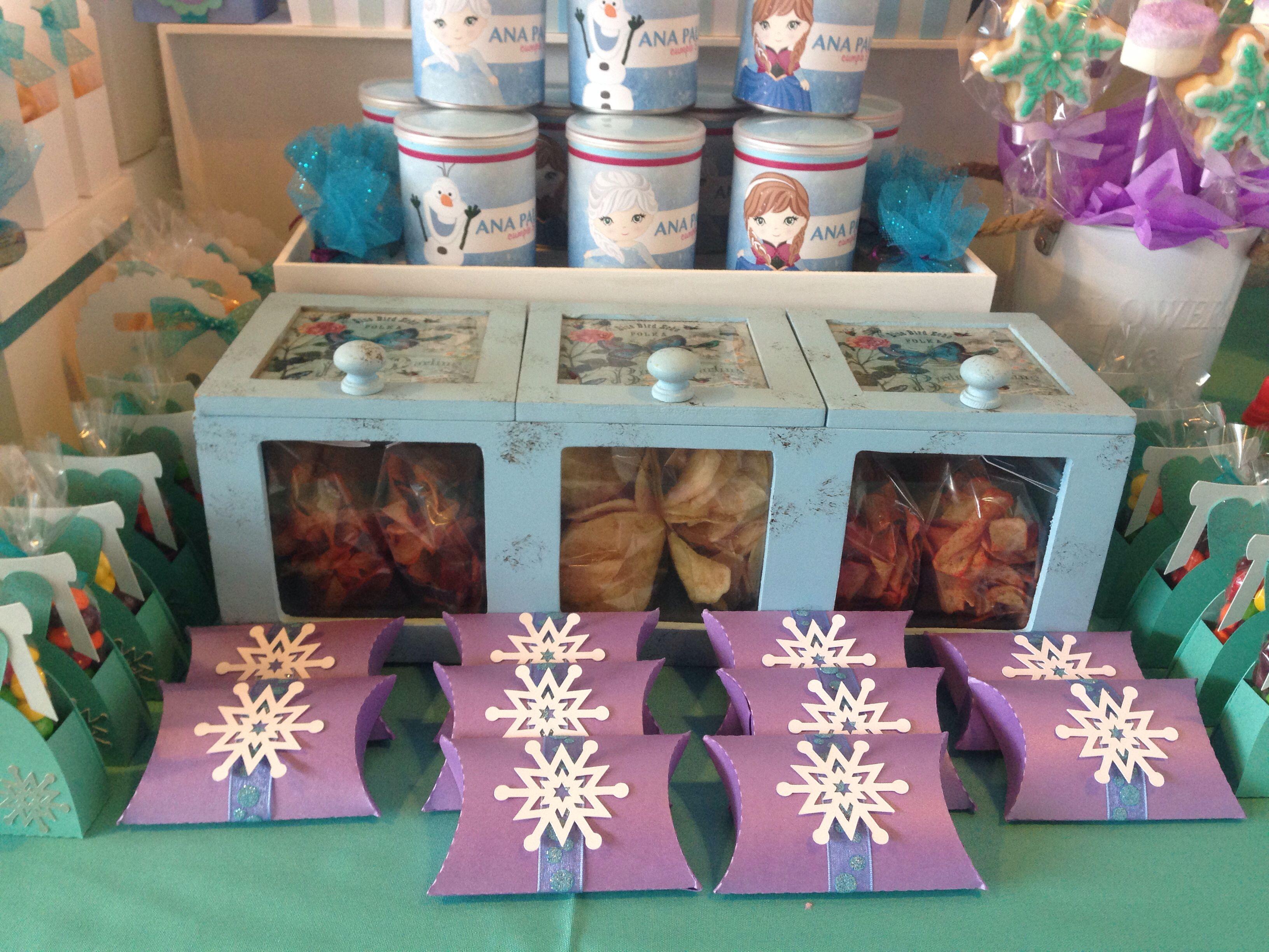 Mesa de dulces frozen mesa dulces frozzen pinterest for Mesas fiestas infantiles