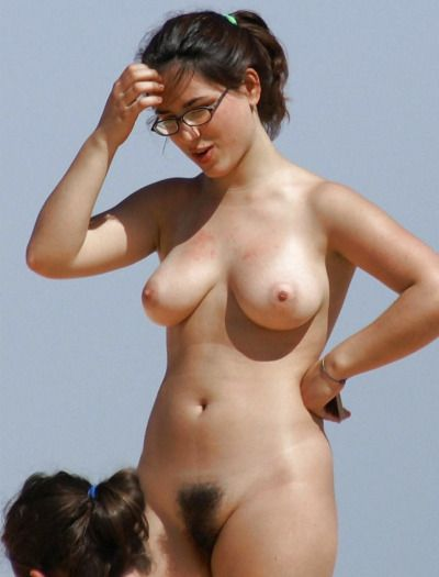 busty and very fine white pussy not much. want sex