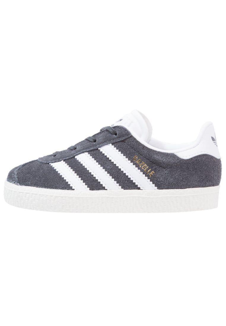 Consigue este tipo de zapatillas básicas de Adidas Originals ...