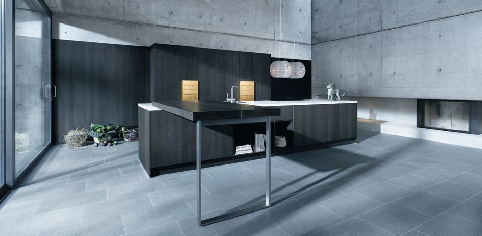 Go for an industrial look in grey with this Next125 kitchen in oak