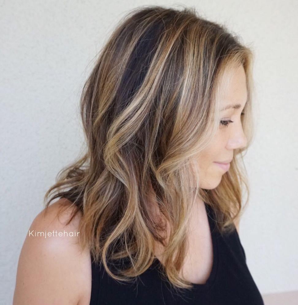 Dimensional brunette balayage 🎨 #hairbykimjette #handpainted #balayage #rootshadow #lob #colorist @kimjettehair (at Stella Luca Salons - Winter Park's Balayage & Hair Extensions Salon)