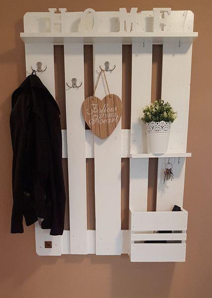 Palettenmöbel Garderobe in Weiß Diy organizer, Fence boards and - diy garderobe