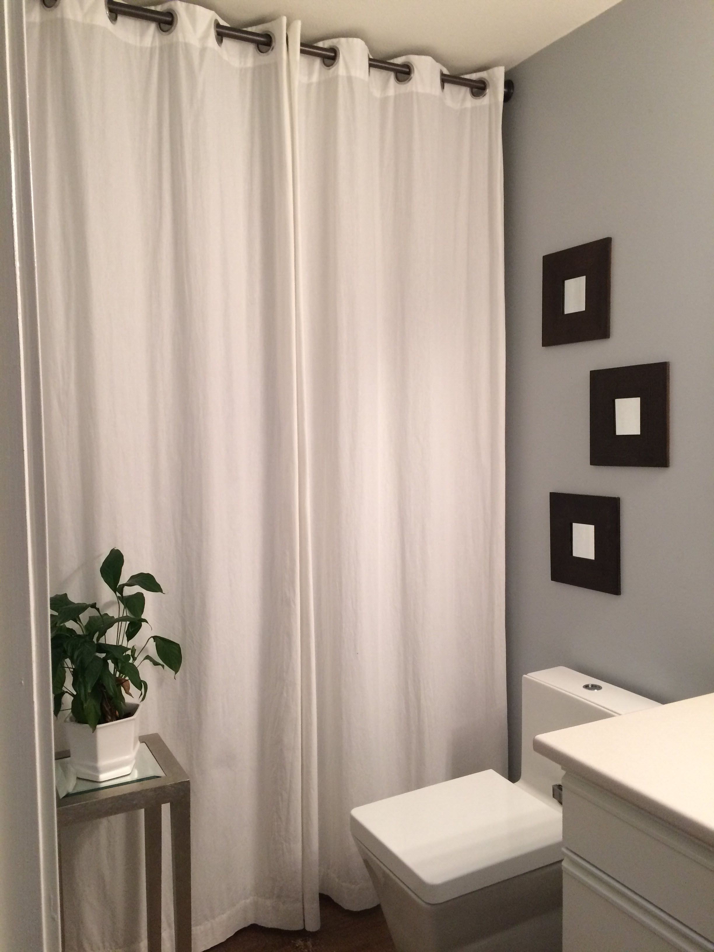 Bathroom Drapes Use A Full Height Drape In A Full Bathroom To