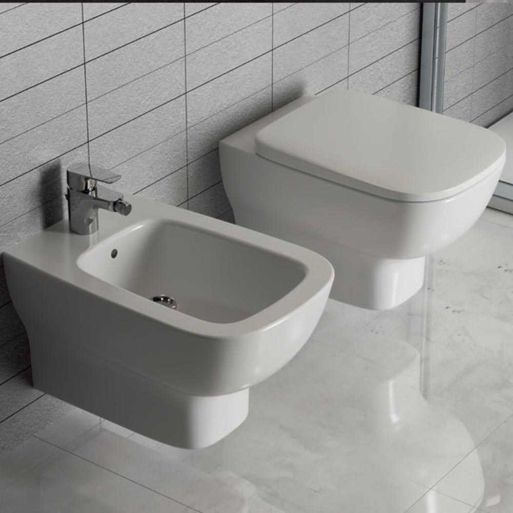 Sanitari Sospesi Design Moderno Vaso Bidet Sedile Soft Close