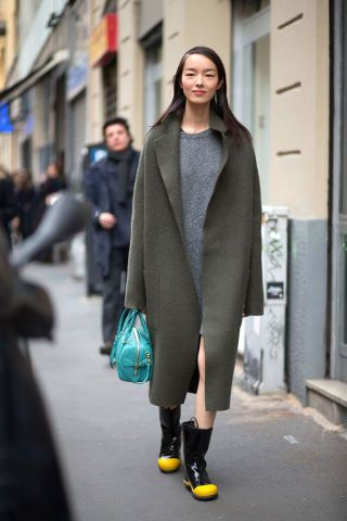 Diego Zuko captures the best street style straight from Milan Fashion Week. Click through for all the chic Italia-inspired looks.
