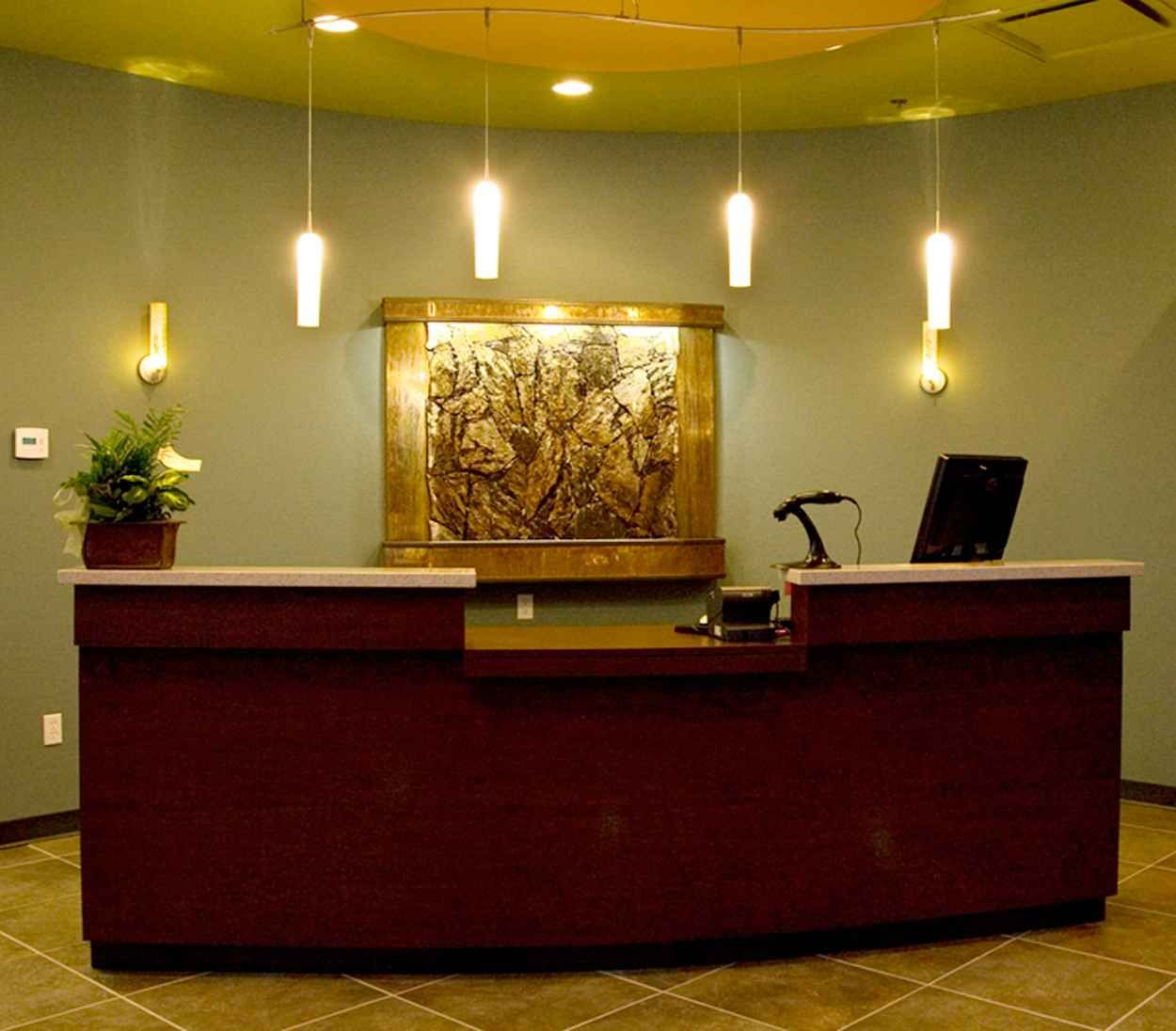 Reception Area Decoration For Attracting Welcoming Room Fb In 2019
