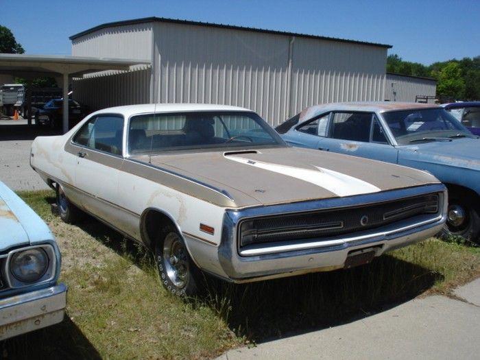Hemmings Find of the Day – 1970 Chrysler 300H