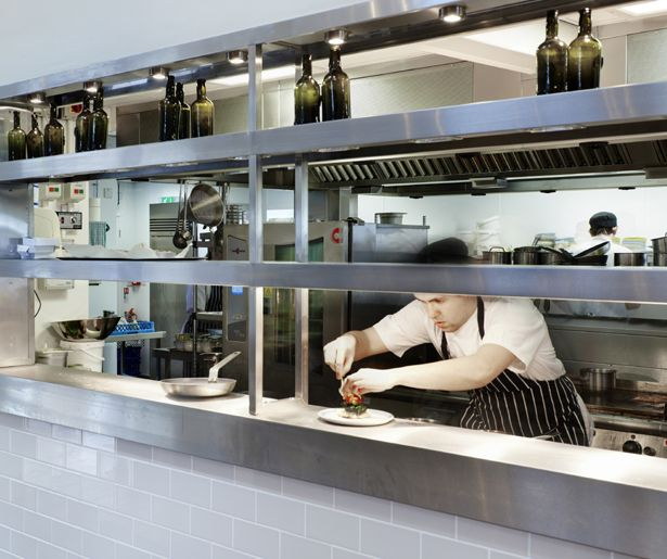 Kitchen Designs With Center Window: 17. Ludlow Food Centre Open Pass