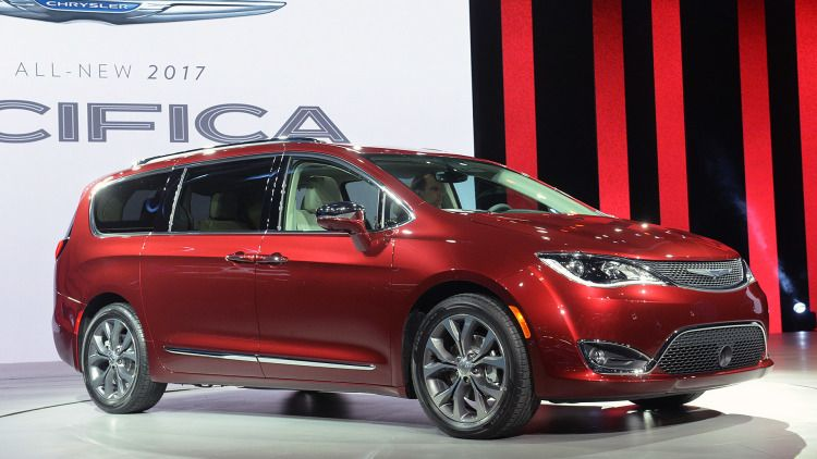 2017 Chrysler Pacifica Detroit 2016 Photo Gallery