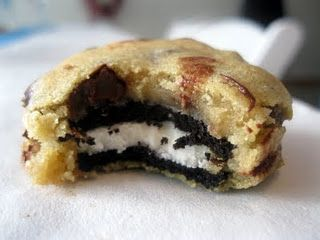 Oreo-Stuffed Chocolate Chip Cookie