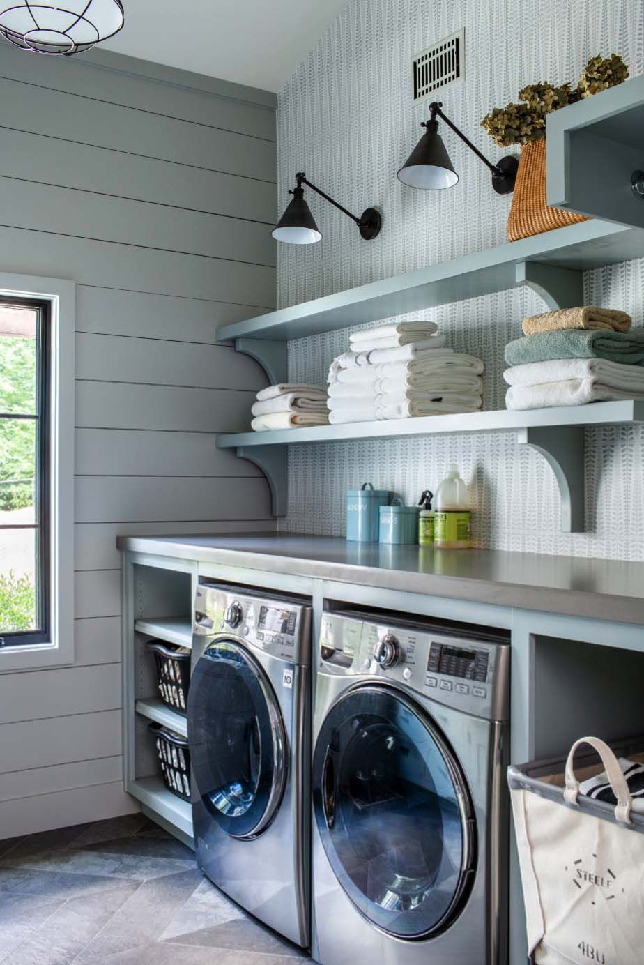 10 great modern farmhouse small laundry room ideas on extraordinary small laundry room design and decorating ideas modest laundry space id=30614