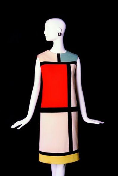 Mondrian dress. Crédit photo : Alexandre Guirkinger. Collection haute couture automne-hiver 1965.