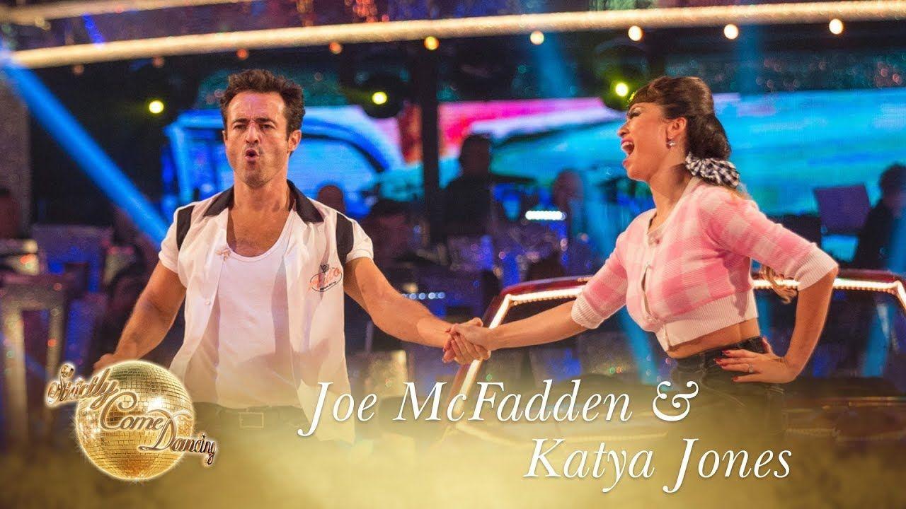 Joe McFadden and Katya Jones Jive to 'Rockin' Robin' by