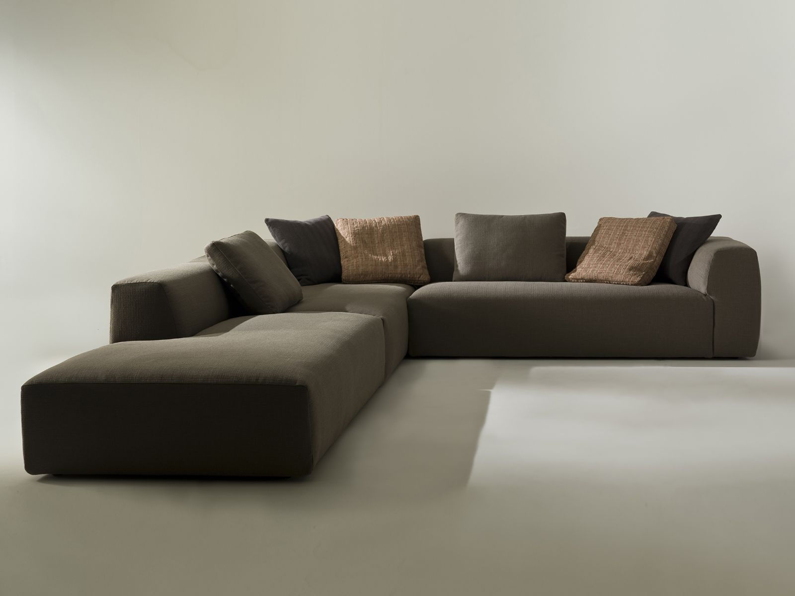 Corner Sofa Good Quality Buying Corner Sofa With Good Quality Attractive Home Design