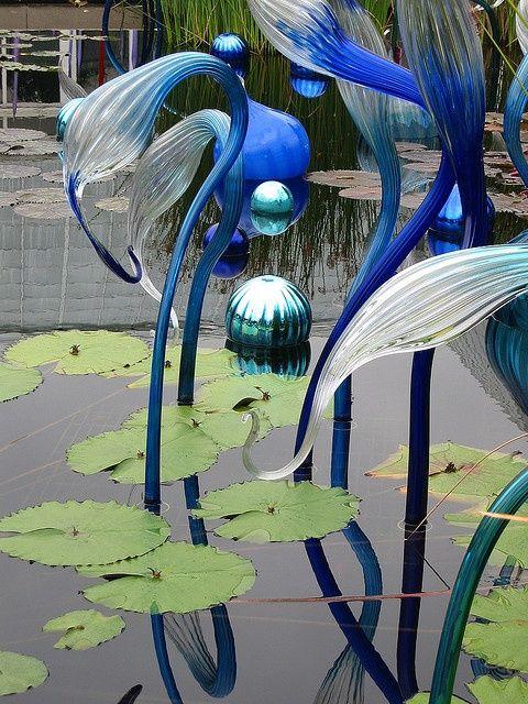 Chihuly Exhibit At Ny Botanical Gardens