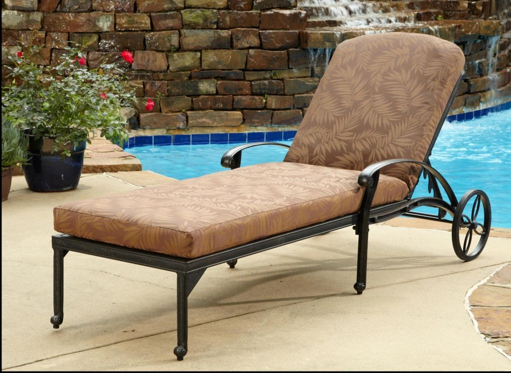 Bedroom Enjoyable Black Wrought Iron Outdoor Furniture Walmart In Lounge  Chairs With Wheels