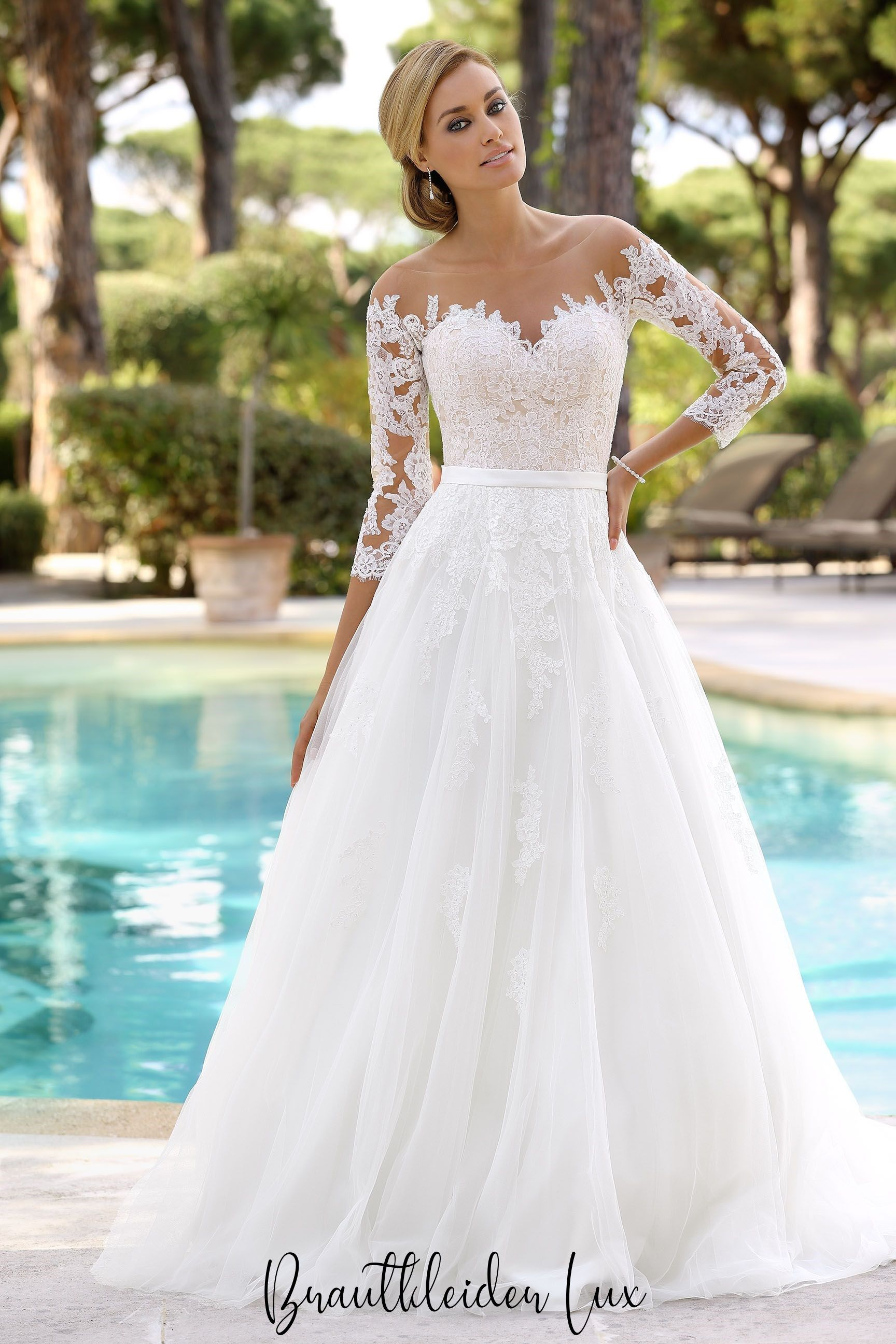 Die Top 4 Brautkleid-Trends 4 in 4  Wedding dresses lace