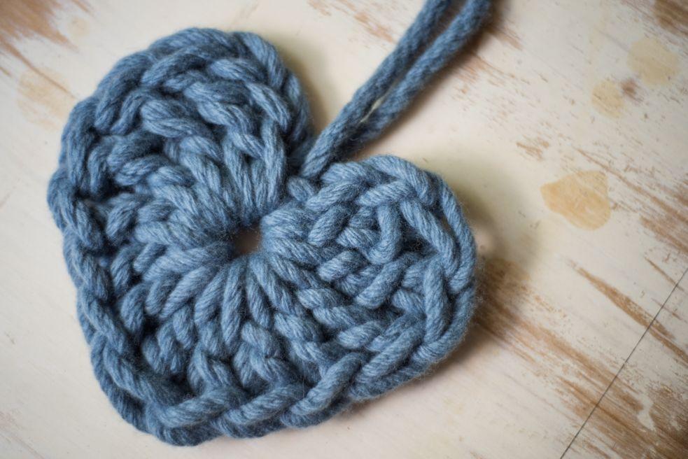 Chunky Heart Crochet Patterns | Homelea Lass | Crochet cache ...