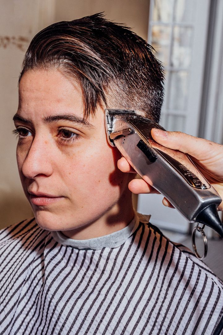 Women Are Heading To The Barbershop Instead Of The Salon In 2018